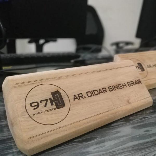 Wooden Desk Plates