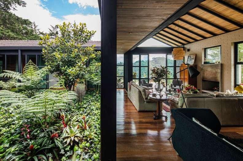 Stunning homes Triangular house