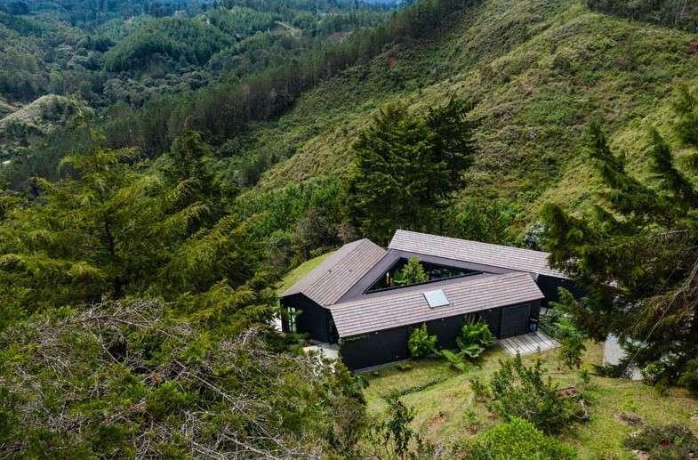 Stunning homes Traingular house2