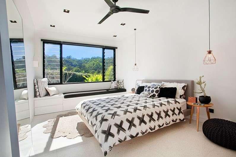 sarah waller residence bedroom Glass Façade