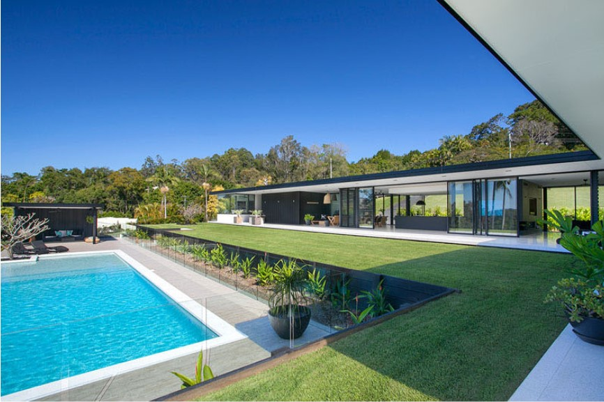 sarah waller residence interior pool area