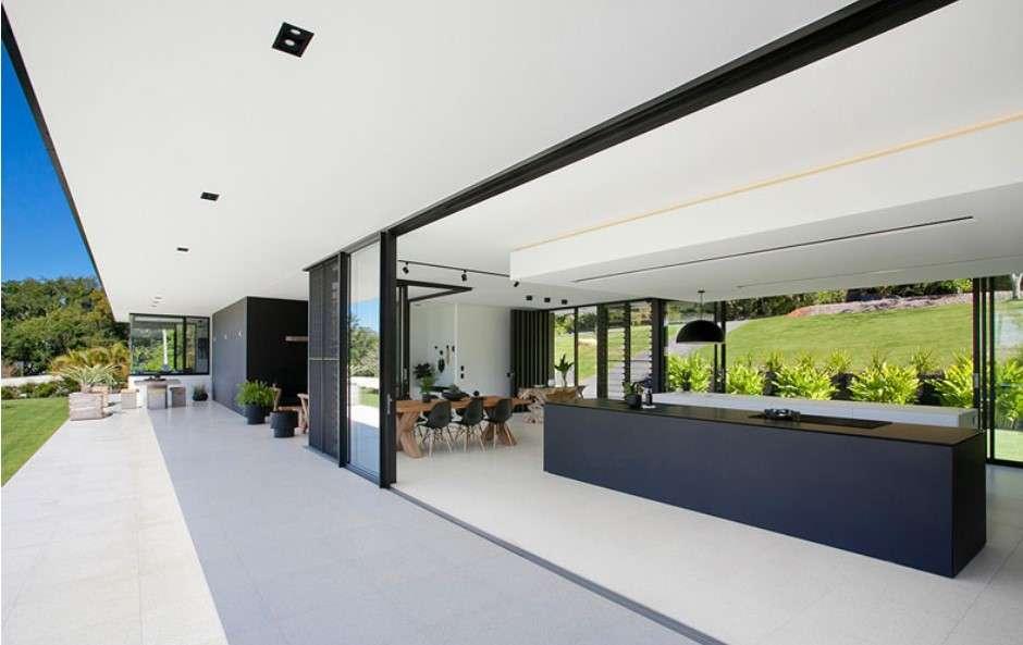 sarah waller residence interior Glass Façade